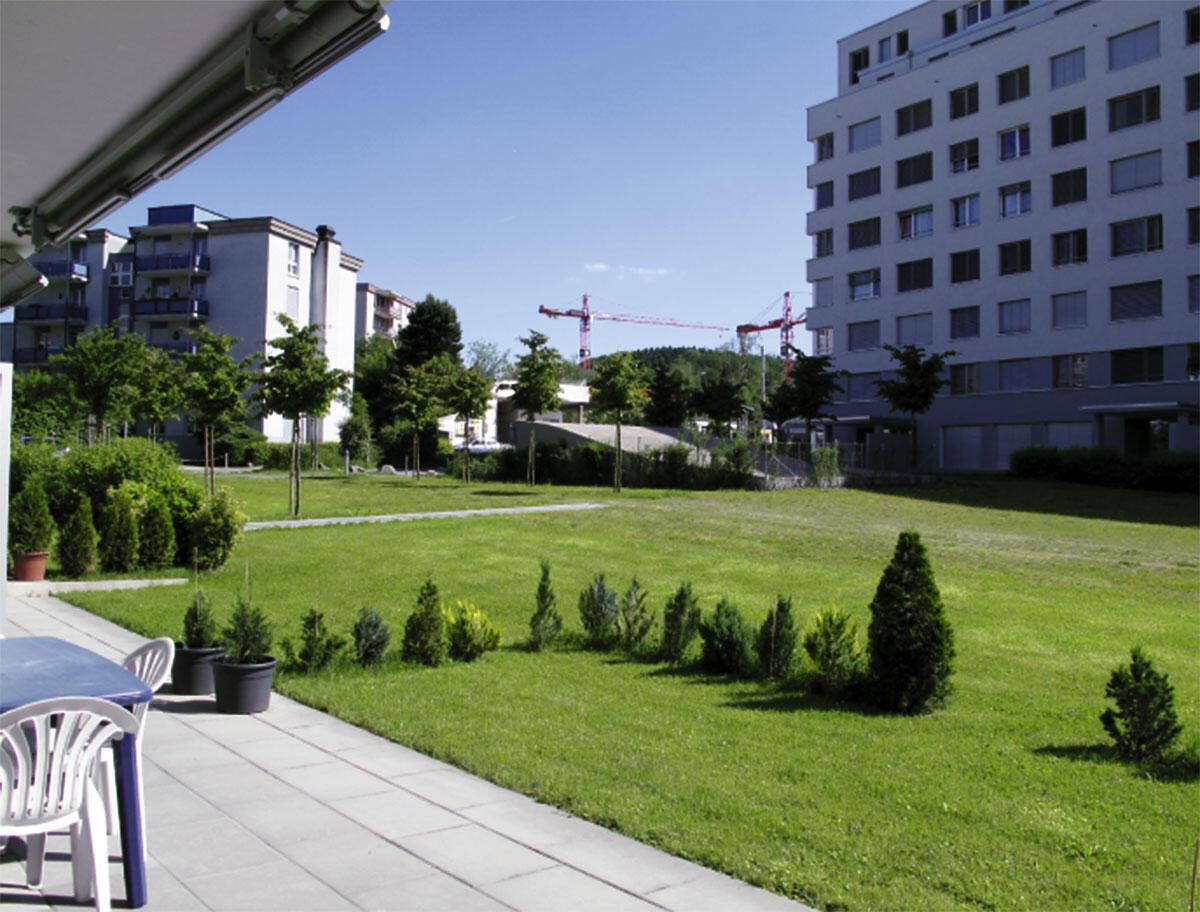 Siedlung CeCe-Areal Zürich-Affoltern (Leopold Bachmann uns seine Stiftung Architekturbüro; Nerv und Wachtl).