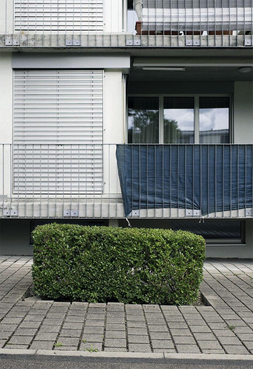 Der private Aussenraum ist die Kampfzone der Nachbarschaft: Schutz mit allen Mitteln.