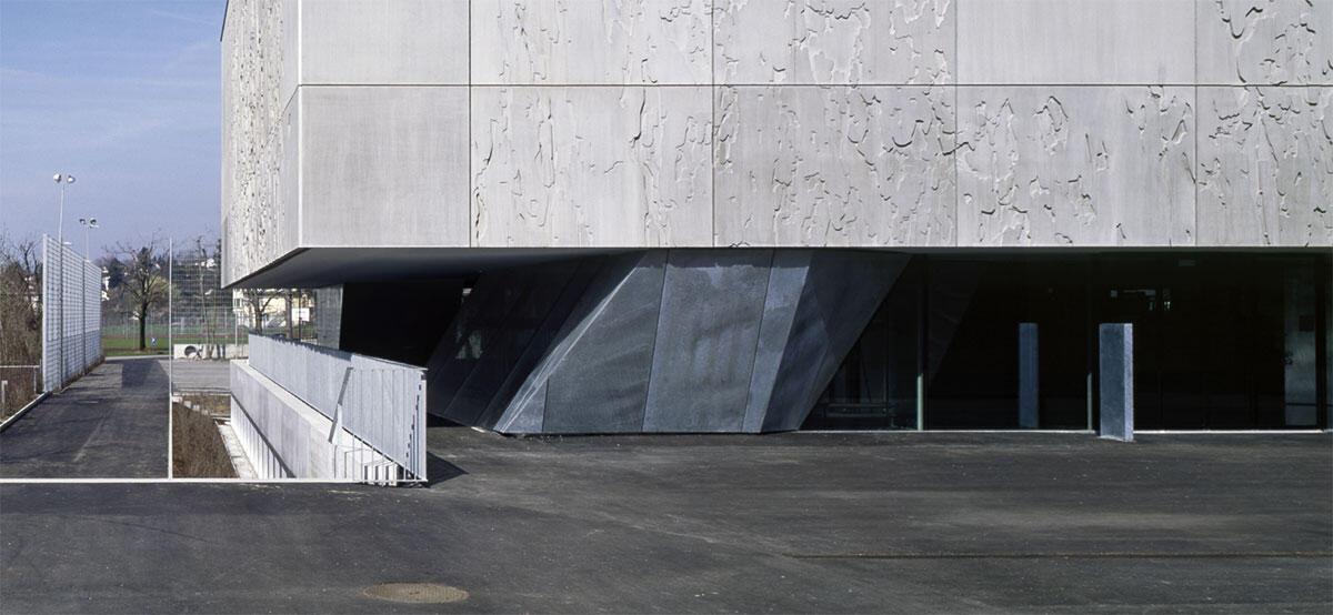 Auditorium und Bibliothek Obstgarten in Stäfa von e2a Architekten