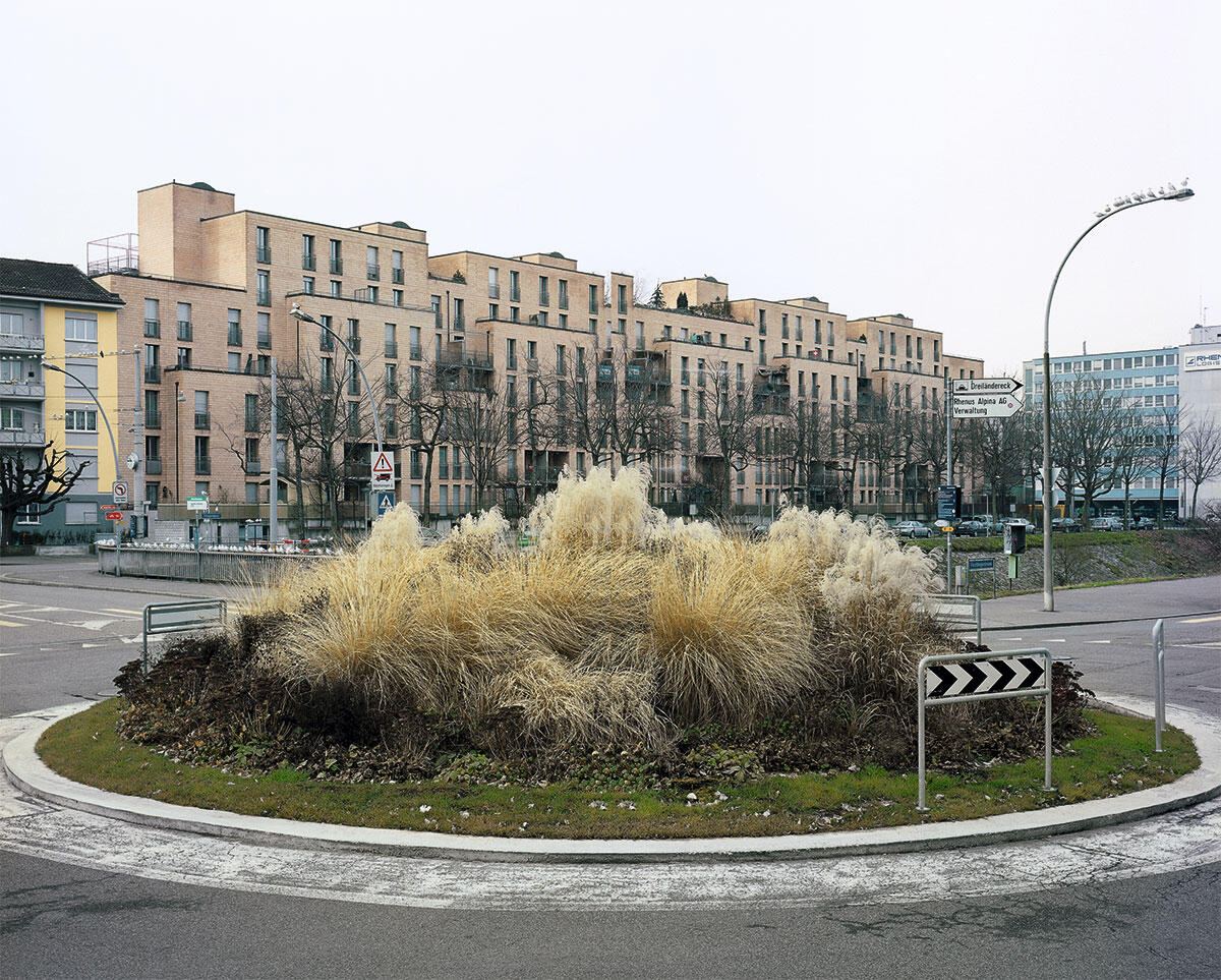 Wohnüberbauung Wiesengarten von Katharina + Wilfried Steib mit Bruno Buser und Jakob Zäslin, 1980-87.