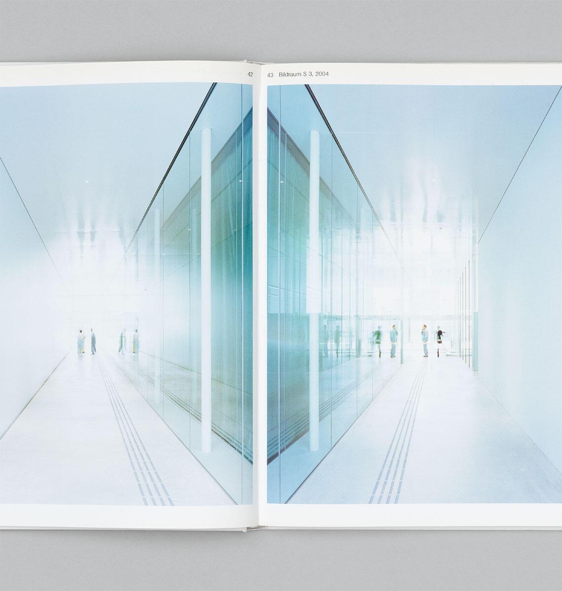 Moritz Küng (Hg.), Walter Niedermayr / Kazuyo Sejima + Ryue Nishizawa / Sanaa Foto: Walter Niedermayr, Bildraum S 3 Bild: Roberto Ruiz
