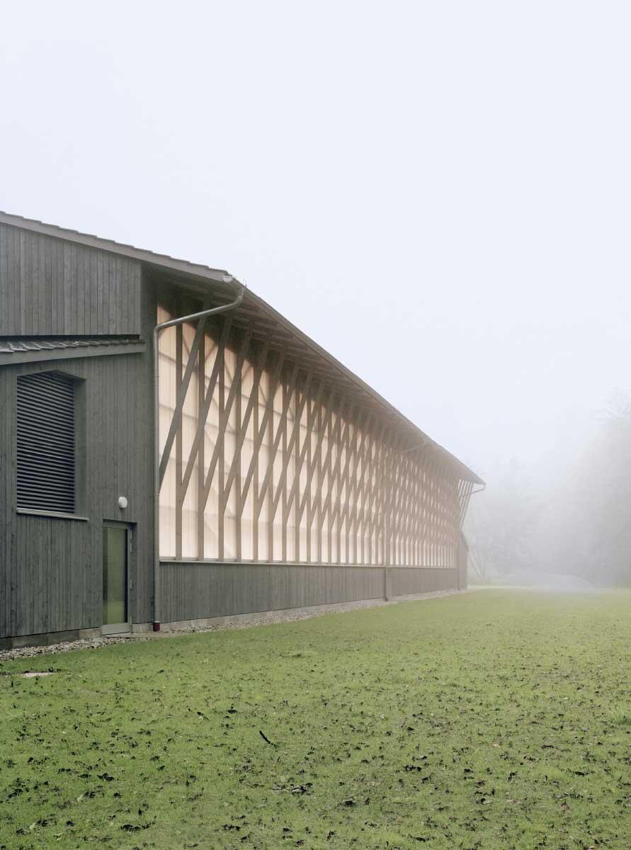 Sporthalle in Haiming D von Almannai Fischer mit Harald Fuchshuber.  Bild: Sebastian Schels