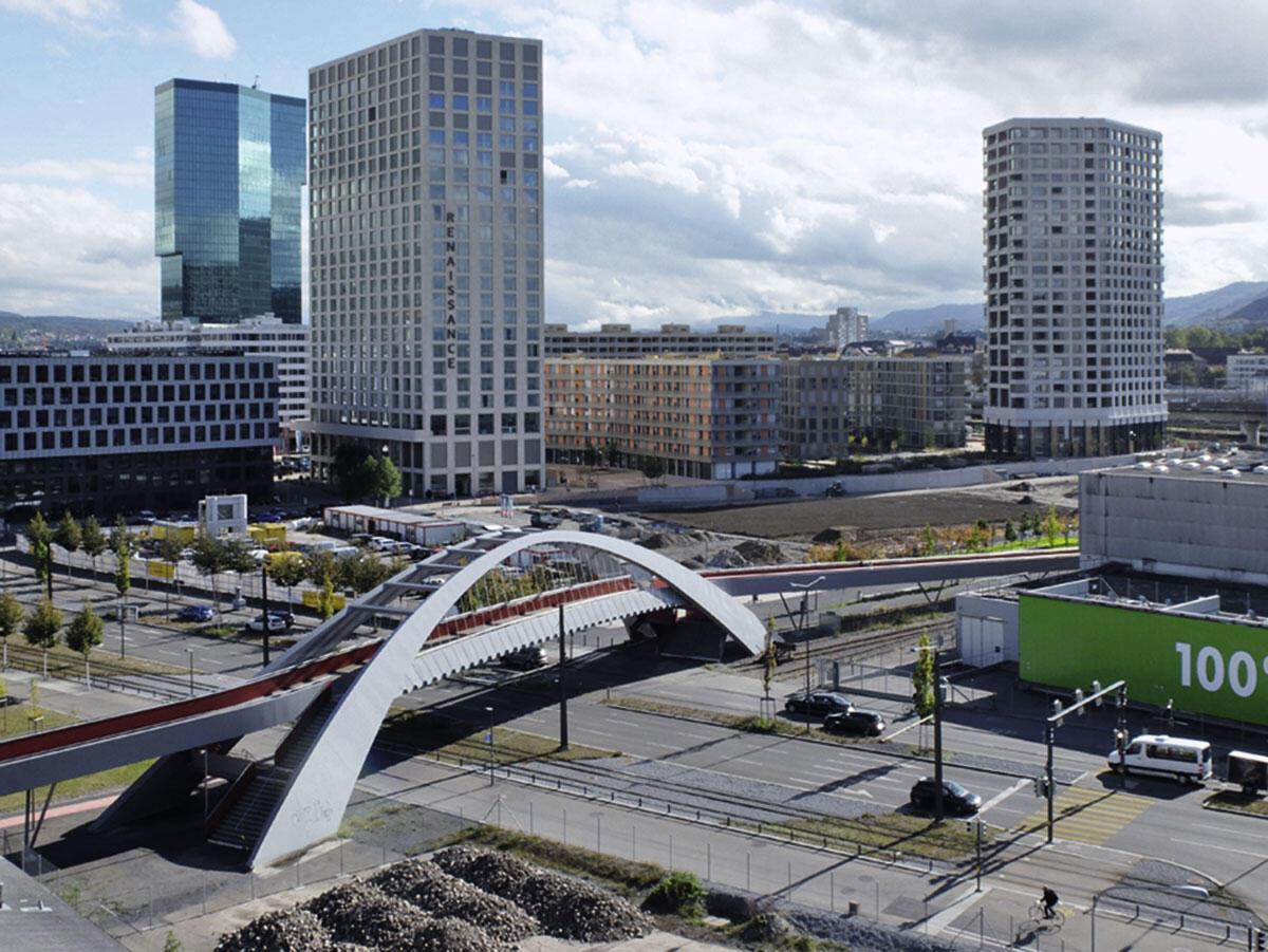 Blick auf das Toni-Areal, Zürich. Hochschule von EM2N.
