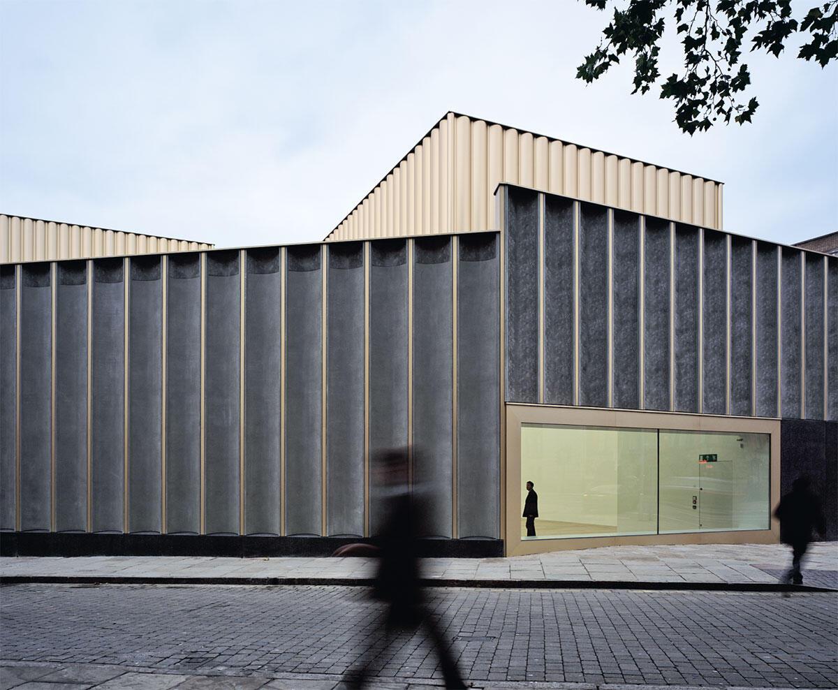 Fassadentextur analog zu textilen Spitzen: Nottingham Contemporary (2011)