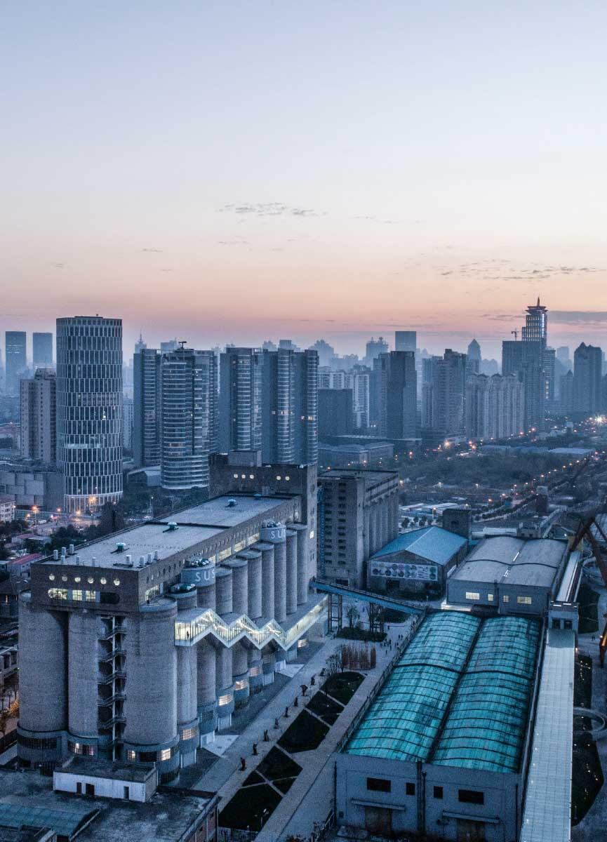 Ein aufkeimendes Interesse am Umgang mit Industrierelikten in China: Die Minsheng Dock Silos für Getreide sind wieder nutzbar – aber noch ist nicht klar wozu. Bild: Tian Fangfang