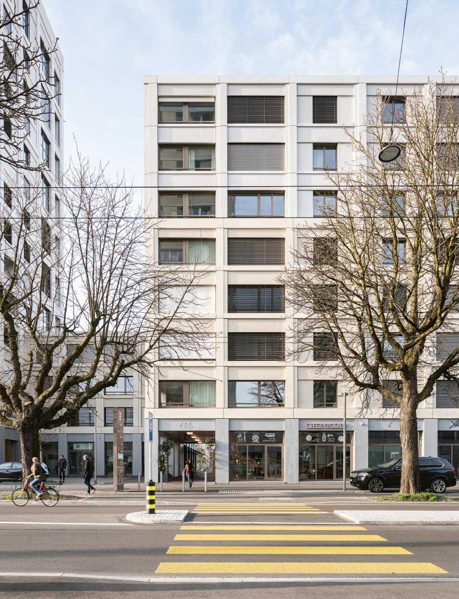 Vorhof als Adresse zur Hohlstrasse  Bild: Roman Keller