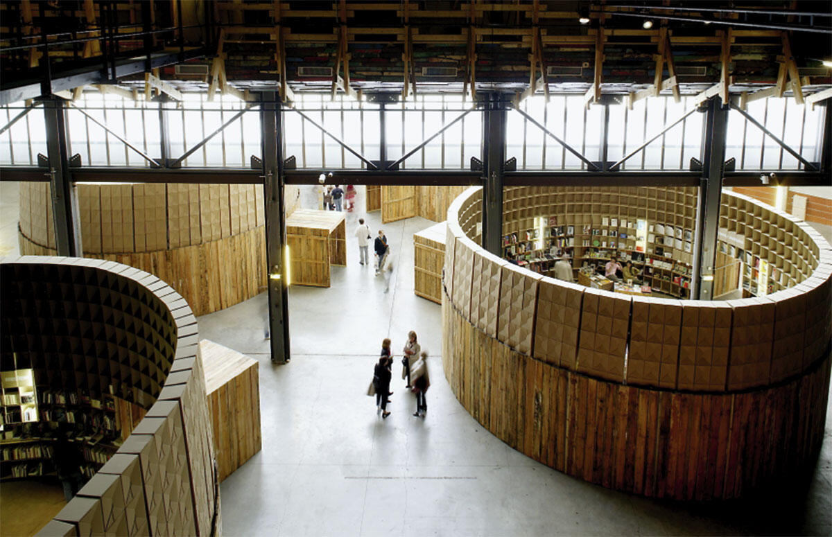 Avignon-Clouet: Mai du Livre d\\\\\\'art, Nantes, 2003