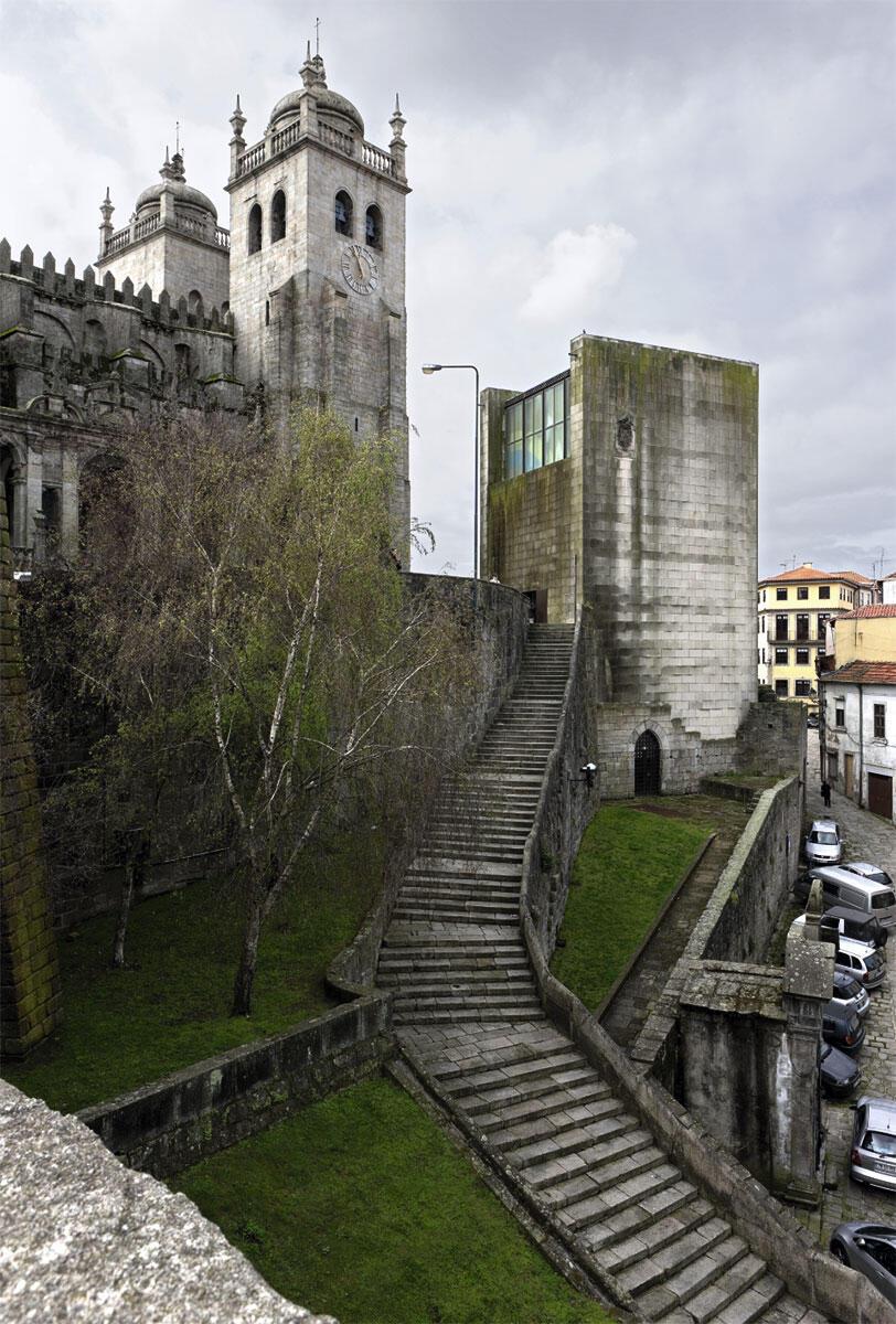 Casa dos 24, Fernando Tavora, 2000.