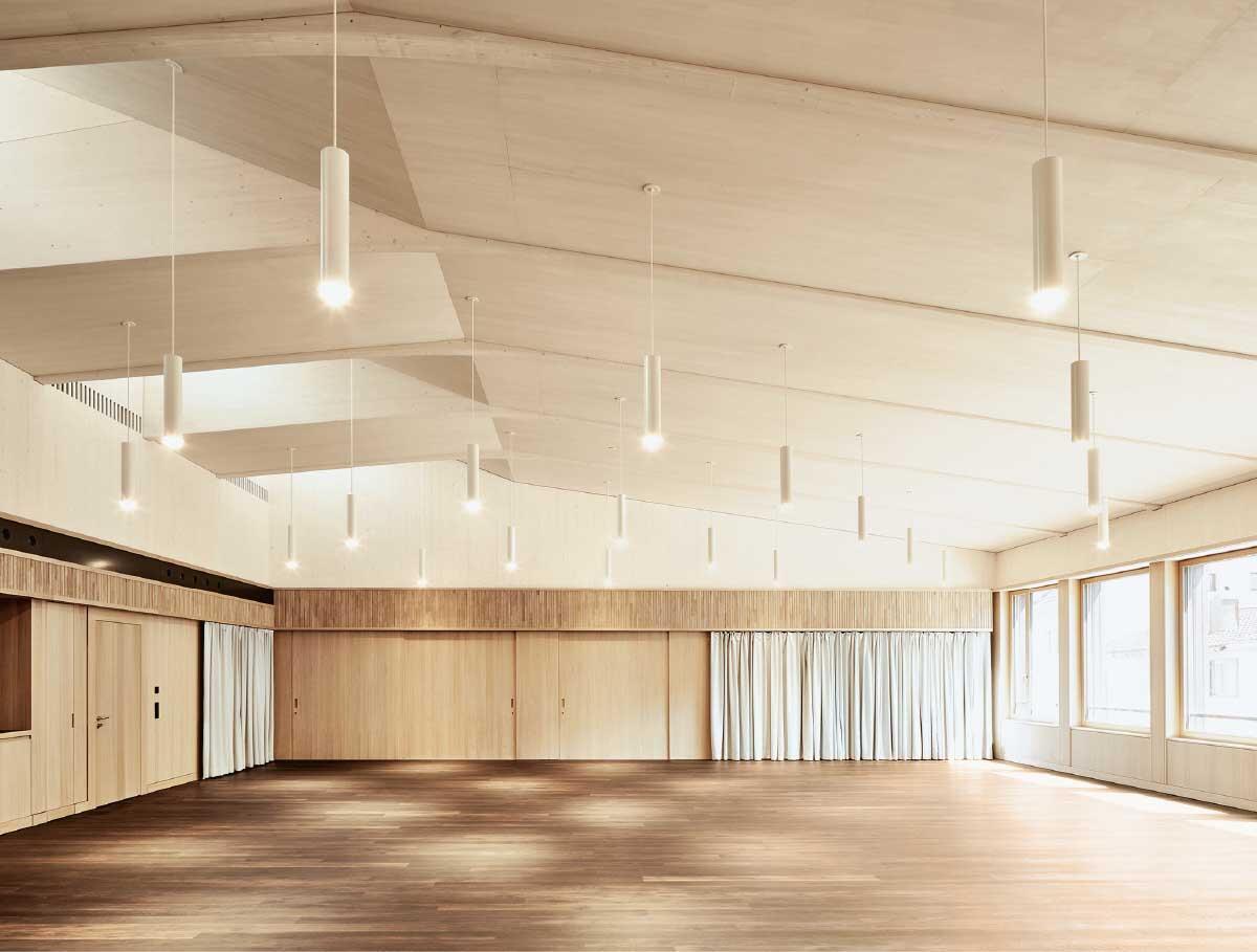 Der zweitgrösste Saal «Ragnatsch» profitiert von zweiseitigem Licht und hervorragender Akustik. Bild: Ladina Bischof