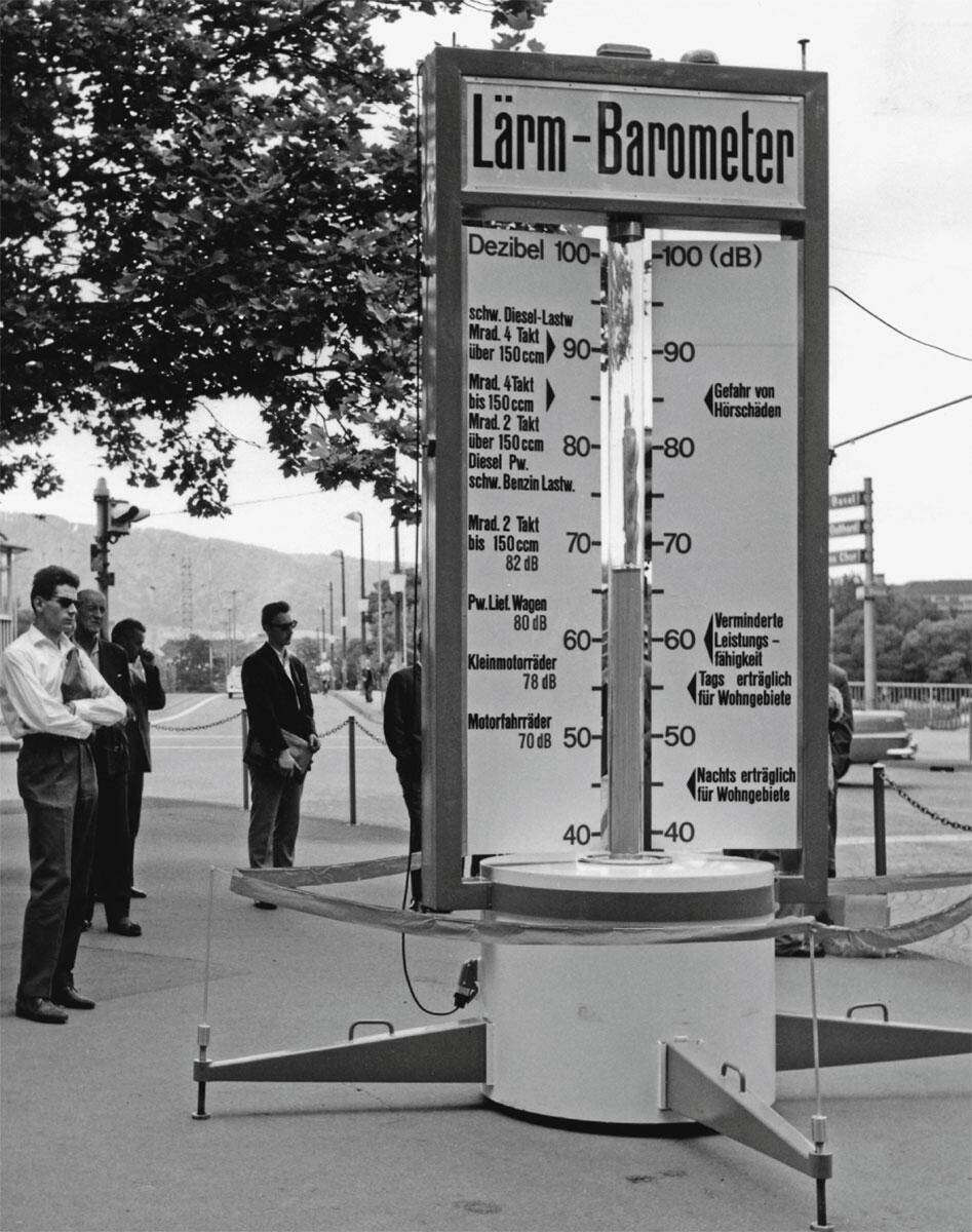 «Lärmbarometer, eine Neuheit. Der Lärm bleibt der alte». Werk-Chronik, Rubrik «Der Ausschnitt», in: Werk 6–1962, S. 193.