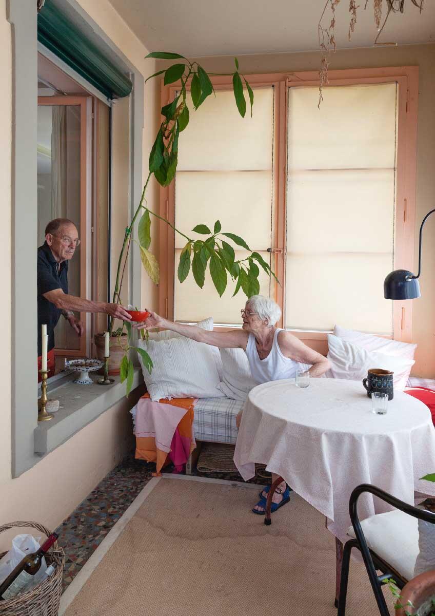Die Veranda von Sonja und Urs Grandjean im Berner Loraine-Quartier. Bild: Istvàn Balogh