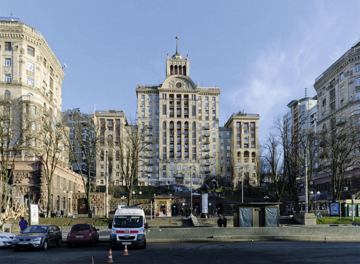 Die Hauptstrasse von Kiew Chreschtschatik, stalinistischer Wiederaufbau aus den 1950er Jahren.