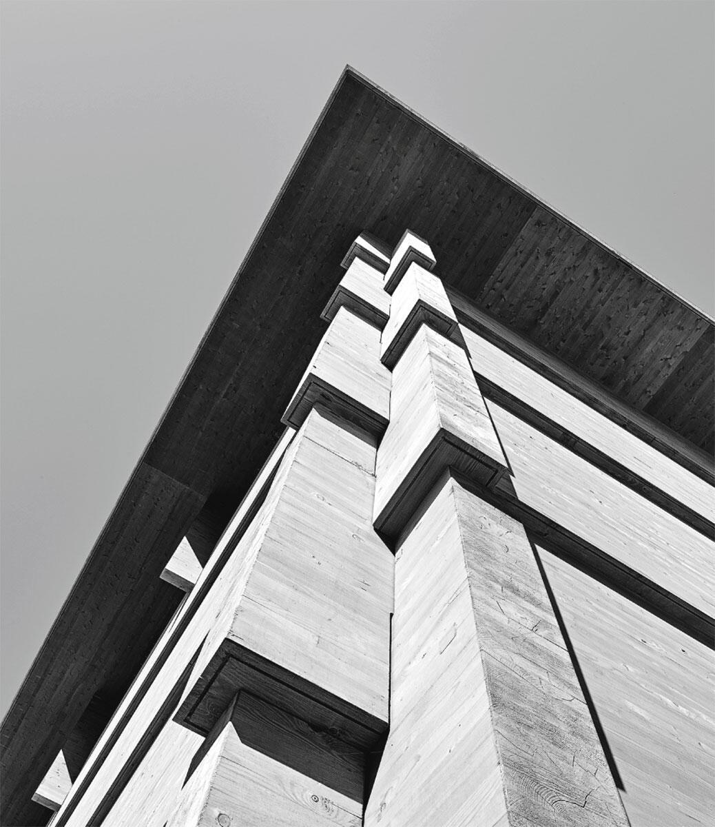 Strickbau neu in terpretiert. Eckverbund mit eing efräster Wassernase: AWEL-Werkhalle in Andelfingen von Rossetti + Wyss Architekten.