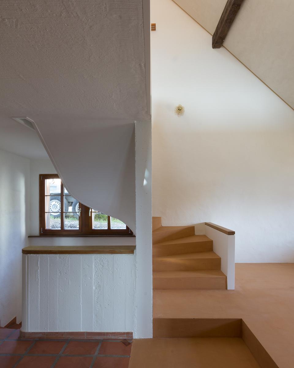 Neuer Treppenaufgang als Weiterführung des Bestands
