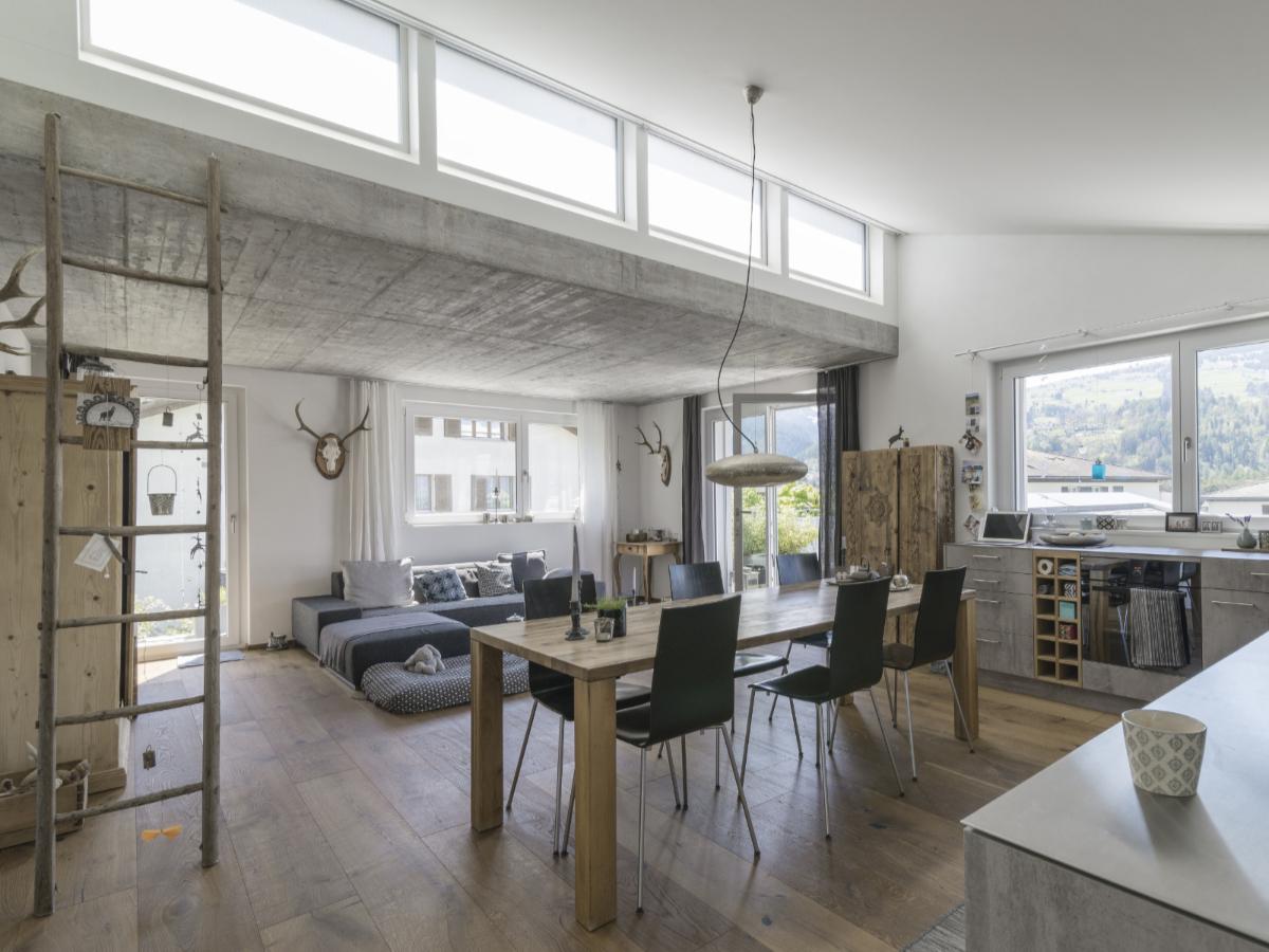 Die Wohnungen wurden im Gespräch mit den Eigentümern ausgebaut und sind deshalb alle individuell materialisiert.