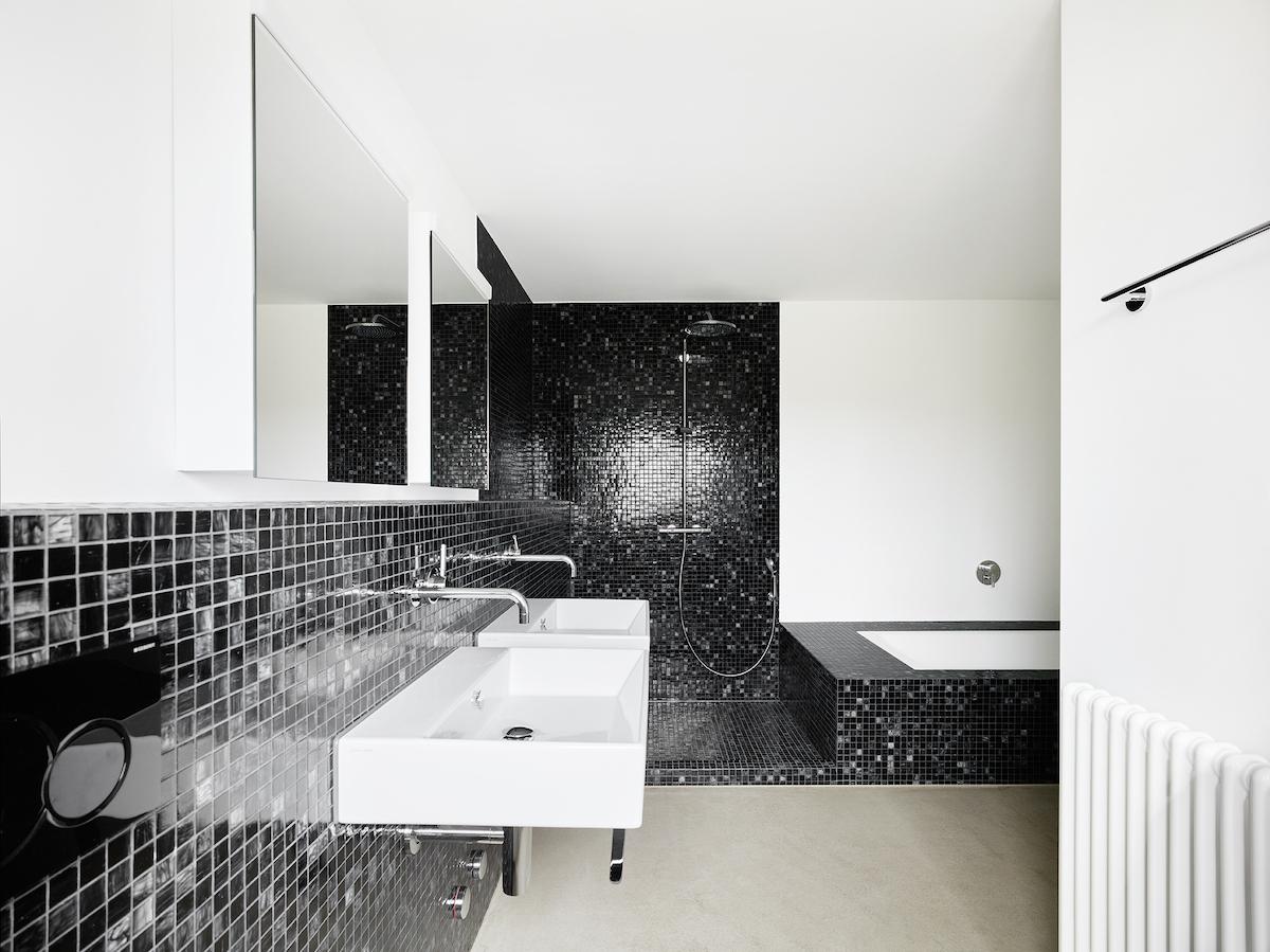 Detail Badezimmer im Neubau