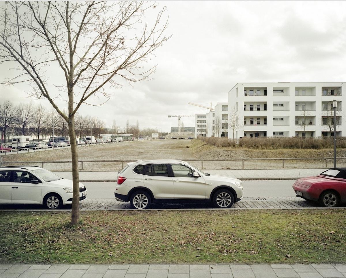 Leere herrscht: Entwicklungsgebiet München-Riem. Kritiker vermissen in manchen Münchner Neubauquartieren urbane Dichte und Schönheit in der Tradition von Theodor Fischers Städtebau.
